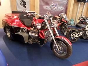 Moto Boss Hoss : moto 8 cylindres boss hoss ~ Medecine-chirurgie-esthetiques.com Avis de Voitures