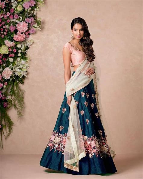 25 best ideas about indian wedding dresses on indian dresses oasis fashion