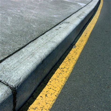 Modelling Curbs For Rendering Texturing? Geometry