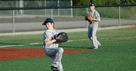 stats dad youth baseball wanted  mlb pitcher  wear
