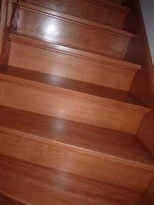 Repeindre Escalier En Bois : repeindre un escalier couleur bois vitrifi ~ Dailycaller-alerts.com Idées de Décoration