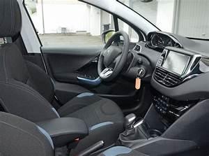 Interieur Peugeot 2008 Allure : int rieur ekmet noir bleu peugeot 208 allure 1 6 e hdi 92 blanc banquise 5 portes 010 photos ~ Medecine-chirurgie-esthetiques.com Avis de Voitures