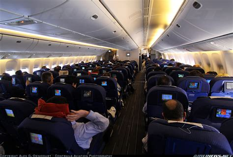 boeing 777 interieur air boeing 777 228 er air aviation photo 1574183 airliners net