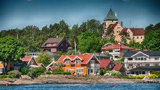 Scandinavia East To West 11 Days 10 Nights Nordic Visitor Modular Vacation House From Denmark M N Huset Small House Bliss Tiny Timber Frame House Plans Small Green Homes Prefab Houses Mon Huset Danish Modular Summer Cabins Prefab Cabins