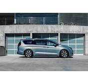 2017 Chrysler Pacifica Now Available In Canada Starts At