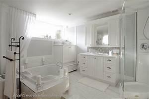 Chambre Salle De Bain : beaucoup de blanc un peu de gris chambre et salle de ~ Dailycaller-alerts.com Idées de Décoration