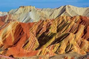 """The Zhangye Danxia """"Rainbow"""" Mountains of China - Brendan ..."""