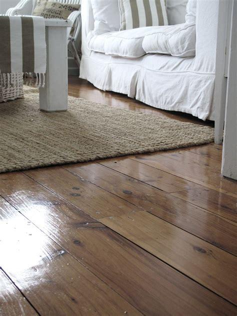 coastal style floor ls beach cottage coastal style floors rugs stuff linky