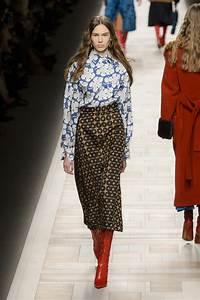 Tendance Mode Femme 2017 : tailleur femme jupe courte et veste 2018 cf11 jornalagora ~ Preciouscoupons.com Idées de Décoration