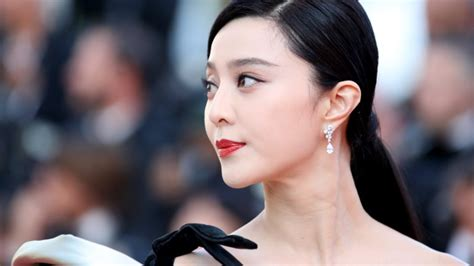 Fan Bingbing Re-emerges, Owing 0 Million For Tax Evasion