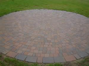 Brick Circle Patio Paver