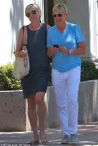 Ellen DeGeneres and wife Portia DeRossi enjoy a lunch at