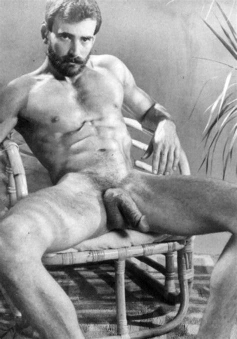 Brutos Eros Vintage