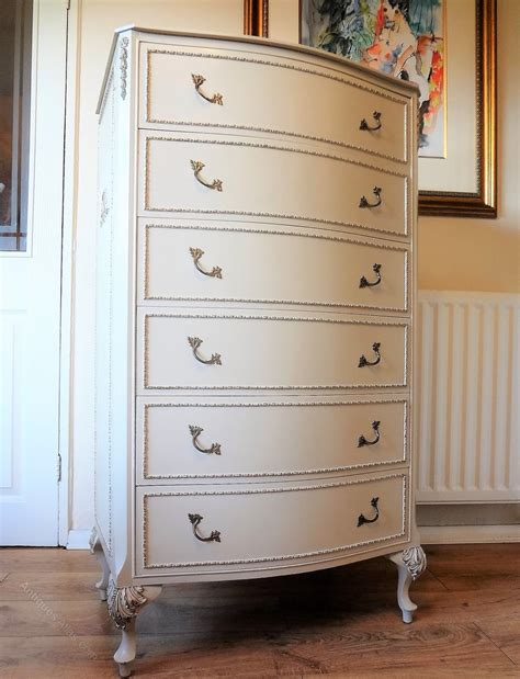 french painted  drawer chest  drawers antiques atlas