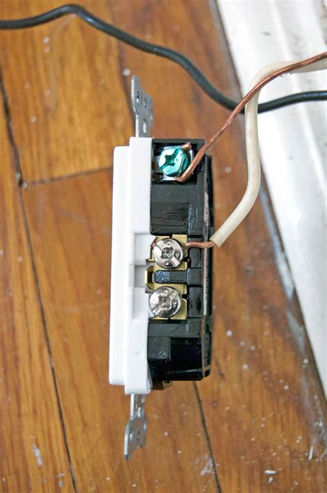 How Replace Electrical Outlet Seriously You Can