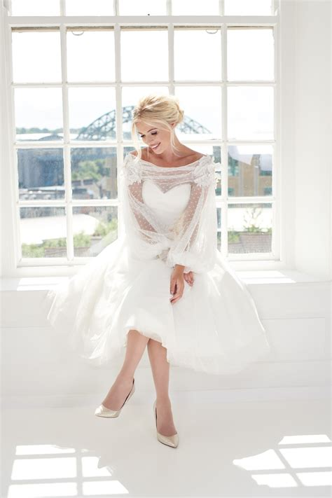Emily, Cute spot tulle short vintage wedding dress with a ...