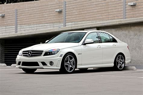 mercedes benz  amg  review buyers guide