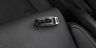 The newer chrome key needs one cr 2025 battery while the smart key needs two. DIY: How to Replace Honda Smart Key Fob CR2032 Battery on Accord Civic - KeyProtek