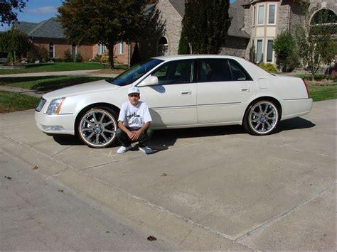 cadillac dts rims 2008 cadillac dts on 22 inch rims cadillac