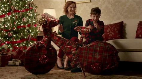 kfc  fill ups tv commercial gifts featuring norm