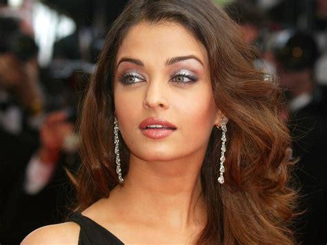 Aishwarya Rai Hairs   Hair Studio