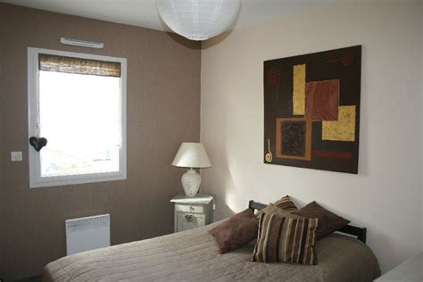 peinture beige chambre awesome chambre beige taupe images antoniogarcia info