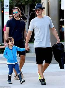Proud dad Orlando Bloom enjoys some quality time with his ...