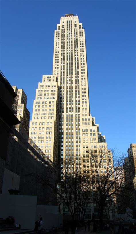 avenue  skyscraper center