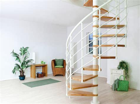 petits espaces un escalier gain de place pour mon int 233 rieur maisonapart