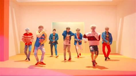 DNA MV Outfits ud83dudd7aud83cudffc 2/2 | BTS Styles Amino