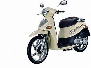 Kymco People 50 / 150 / 200   Motor Scooter Guide