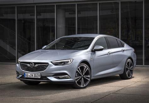 Opel Insignia Grand Sport Turbo D 2017 Wallpapers