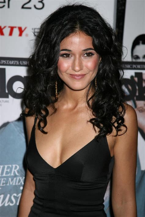 emmanuelle chriqui in detroit rock city kiss kiss kiss n celeb ass emmanuelle chriqui