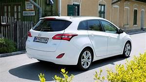Hyundai I30 Alufelgen : fahrbericht hyundai i30 cw go plus 1 6 crdi im test ~ Jslefanu.com Haus und Dekorationen