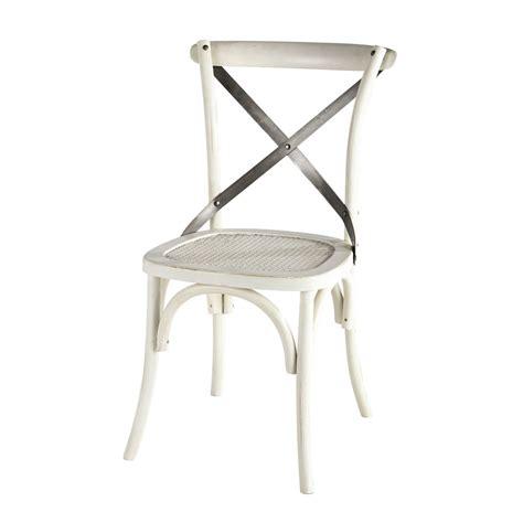 chaise en rotin et m 233 tal blanche tradition maisons du monde