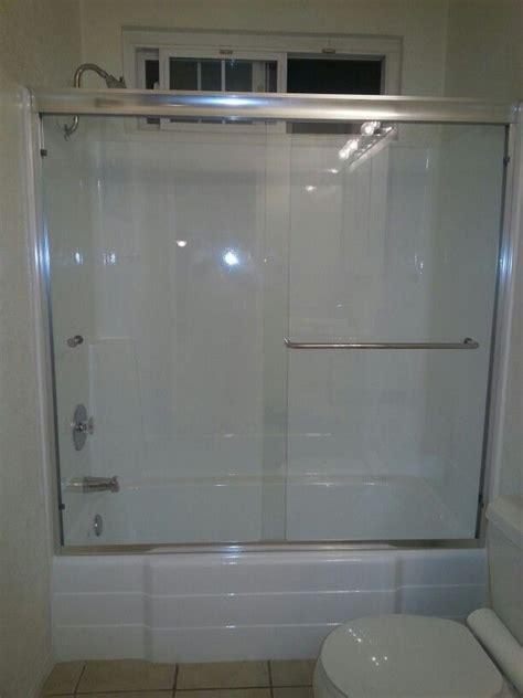 Fiberglass Shower Door by 17 Best Ideas About Fiberglass Shower Enclosures On