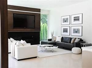 12 superbes decorations de salon avec un canape noir for Tapis yoga avec canape tissu 3 2 places