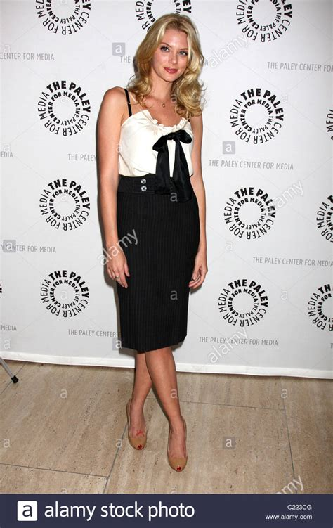 Drop Dead Season Finale - april bowlby drop dead season 1 finale at the paley