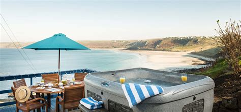 Holiday Cottages In Cornwall, Uk