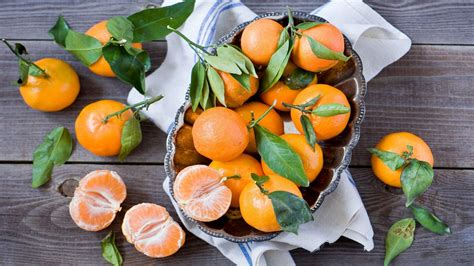 Top 10 Holiday Superfoods Women Fitness