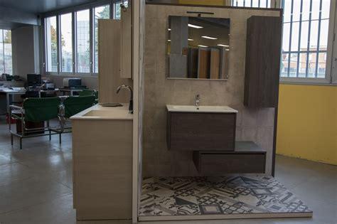 Esposizione Bagni by Esposizione Arredo Bagno Mobili Bagno With Esposizione