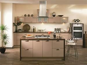 Wände Streichen Farbe : moderne zimmerfarben ideen in 150 unikalen fotos ~ Markanthonyermac.com Haus und Dekorationen