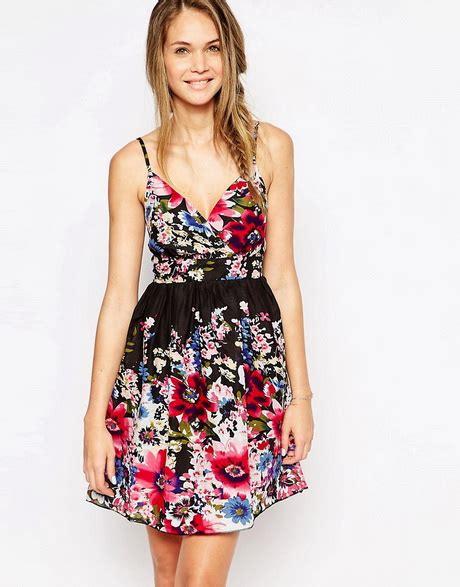 vestiti a fiori estivi vestiti a fiori estivi
