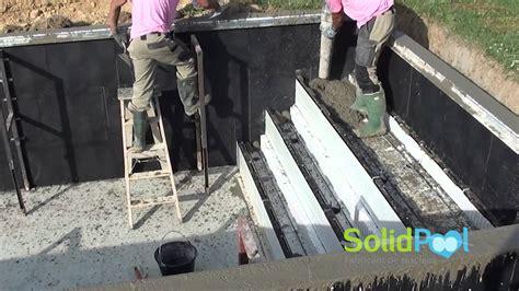 construction des escaliers en beton arme coulage des murs et de l escalier d une piscine en solidpool