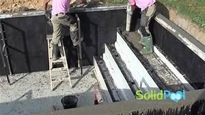 Comment Réamorcer Une Pompe De Piscine : construction piscine coulage des murs et de l 39 escalier ~ Dailycaller-alerts.com Idées de Décoration