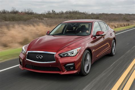 infiniti  red sport   week review