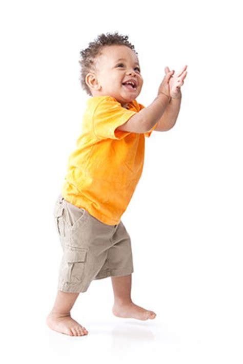 toddlers 1 2 years child development ncbddd cdc 586   toddler boy yellow shirt 300px