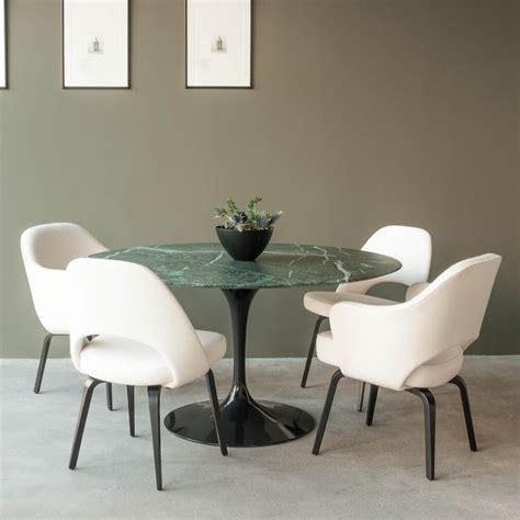 haus®   Tulip Dining Table by Eero Saarinen, Knoll