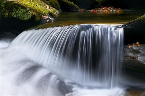 Water Falling Great Smoky Mountains Photograph By Rich Franco