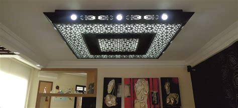conception plafond suspendu lumineux plafond platre